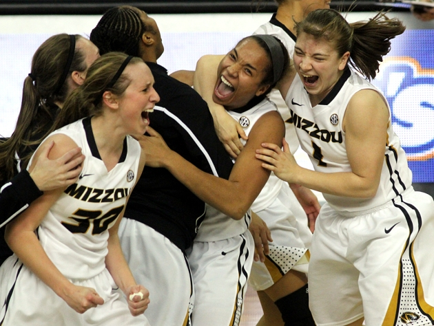 Morgan Eye (30), Syndney Crafton, center, and Lianna Doty (1) celebrate after Missouri beat No. 9 Tennesse Sunday, 80-63. Eye was the higher scorer of the game with 26 points.
