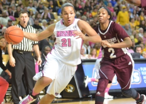 Sydney Crafton (21) drives to the paint in Mizzou's 61-56 loss to Mississippi State on Sunday, Feb. 10, 2013.