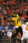 Dorial Green-Beckham misses a pass in the first quarter.
