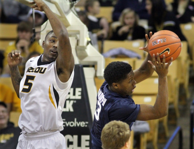 Missouri's D'Angelo Allen (5) tries to knkock the ball away from Xavier's Brandon Randolph on Dec. 13, 2014 in Columbia. Allen scored 8 points in 11 minutes of play.